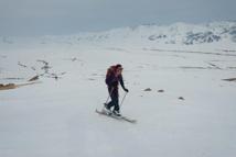 A ski dans le massif de Suusamyr
