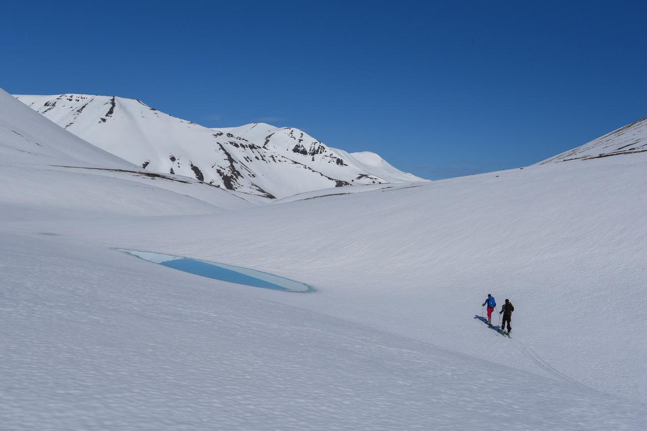 Ski de randonnée en Islande.